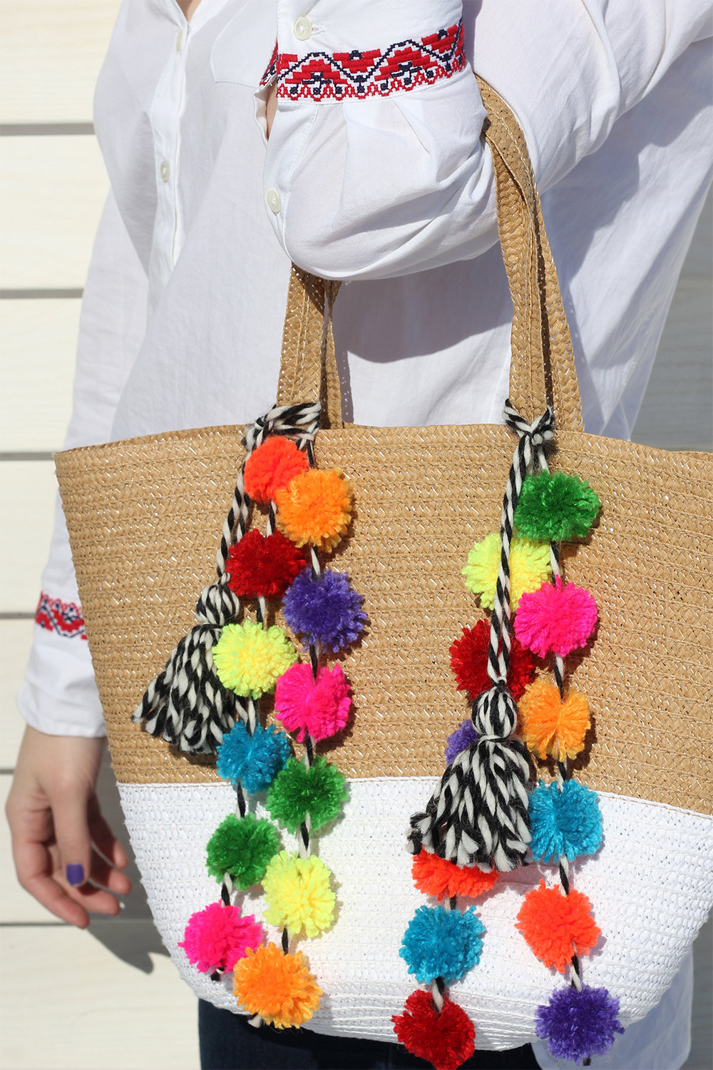 diy-pom-pom-bag-14 copy