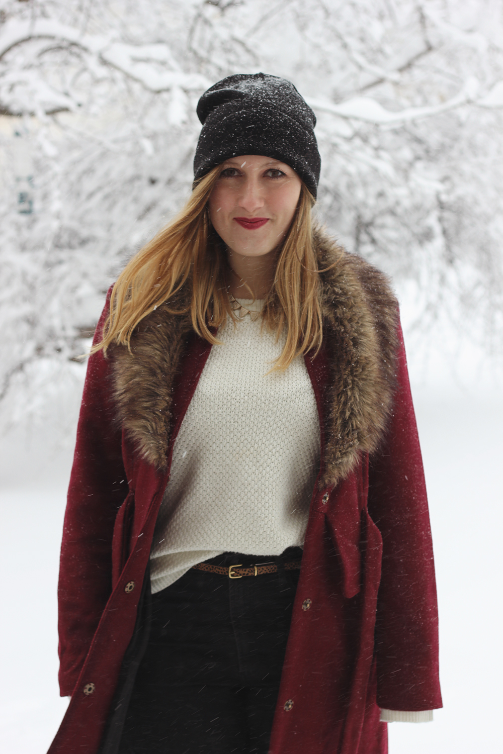 red-coat-fur-collar-snow-day-10