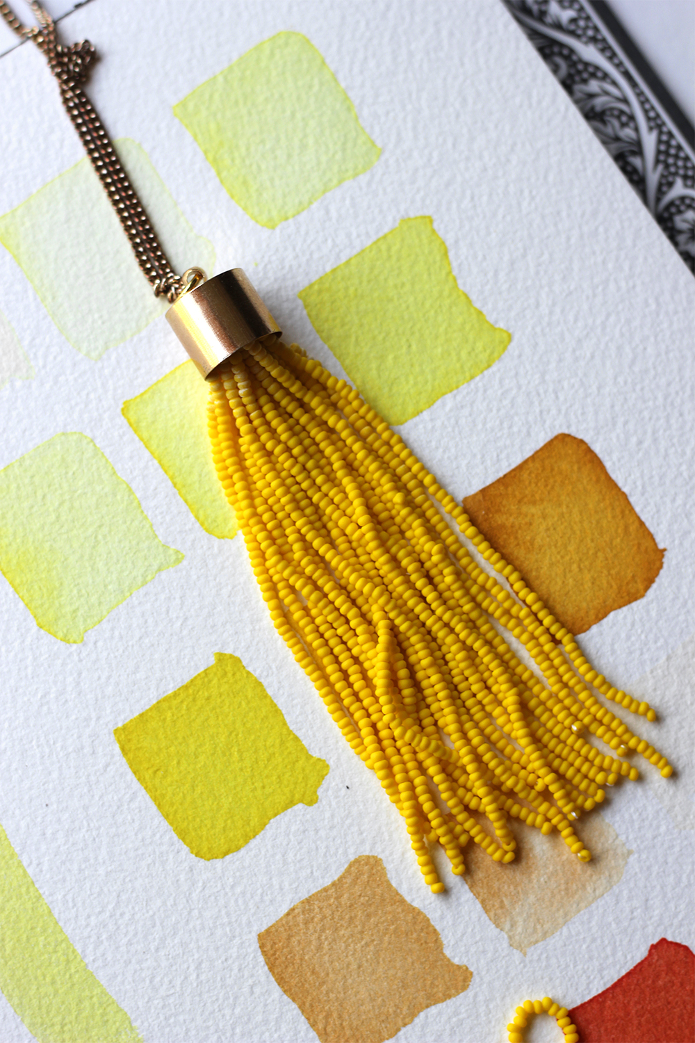 diy-yellow-tassel-necklace-6